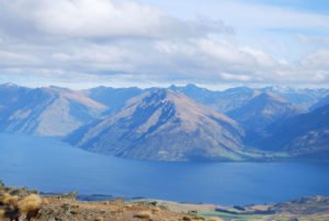 Queenstown Lake Wakatipu New Zealand Self Drive holiday honeymoon tour operator inbound dmc private guided nature outdoor selfdrive holiday eco nature wildlife activities