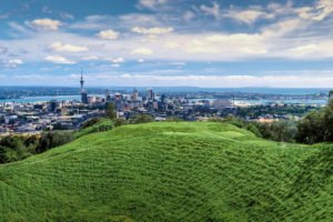 Auckland Mt Eden Day Tours New Zealand Holiday Trips specialist book specials 1 week Booking Agency Auckland award-winning tour guides selfdive holiday