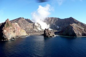 New Zealand hooliday tours volcanic white island tour seld drive luxury holiday tours