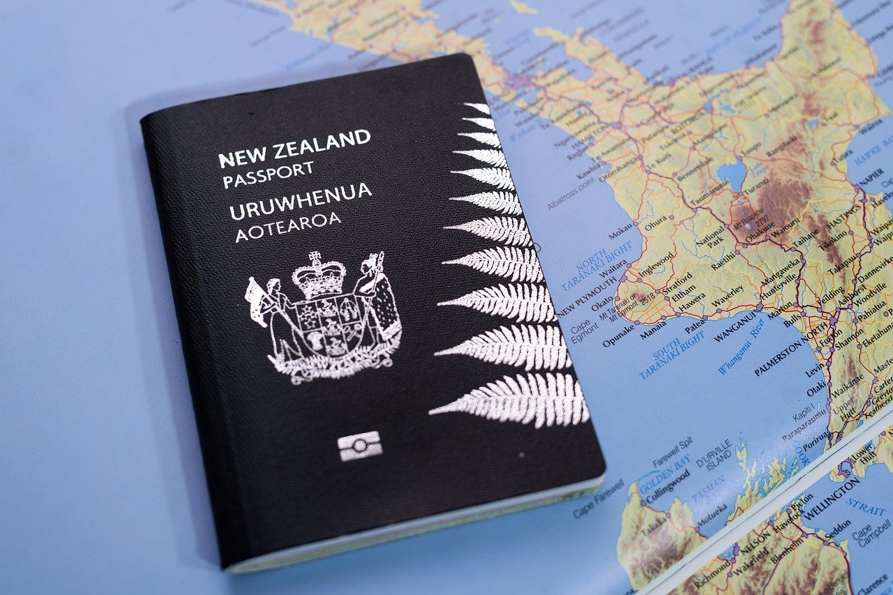 new zealand tour holiday travel to newzealand visa self drive touring private small groups