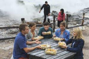 Rotorua hangi maori kulturreise studienreise haka geführte kleingruppenreise selbstfahrer Individualreise neuseelandrundreise urlaub1 tnz
