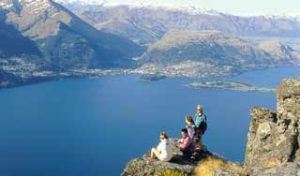 new zealand holiday queenstown self drive tours lake wakatipu tours