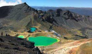 new zealand self drive tours hiking holiday newzealand tongariro crossing great day hikesS