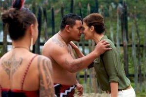 Rotorua-tepuia-maori-haka-neuseeland-rundreiseurlaub-2_320x240.jpg